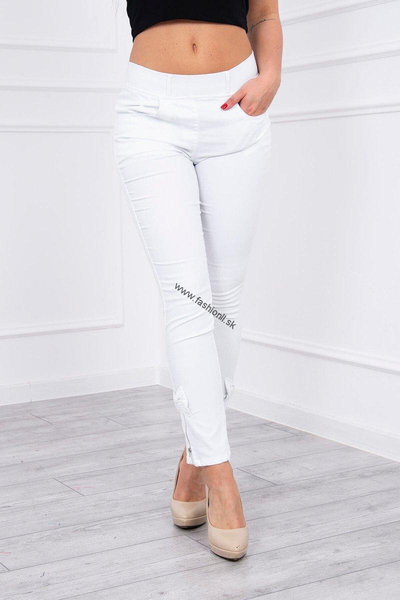 de00fff032bd Elastické biele džínsy s mašličkou na boku nohavice