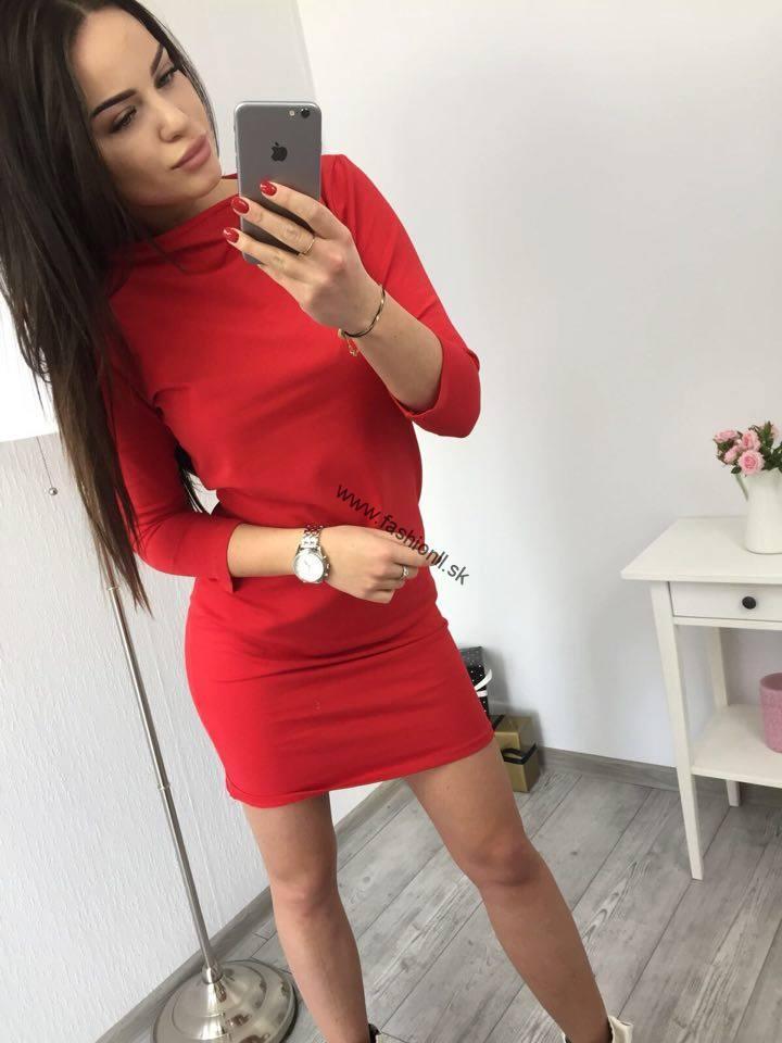 66a126fbd66a Dámske šaty Classical - červená