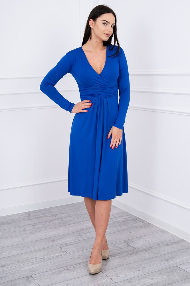 Modré šaty po kolená s dlhým rukávom 3271638d791